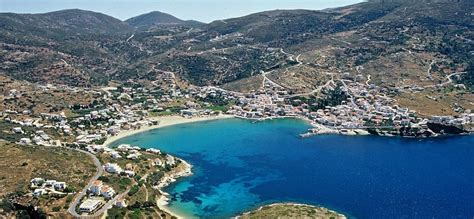 Discover an island in the Cyclades different from the