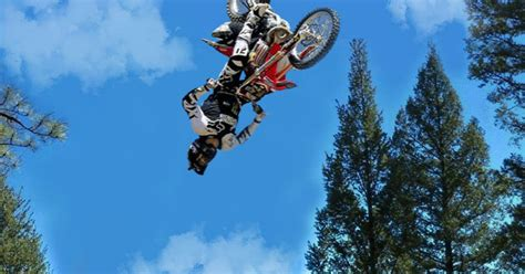 World's First Triple Backflip On A Dirtbike - Ftw Video
