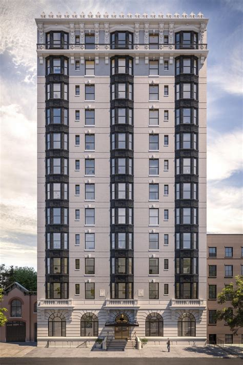 The Standish at 171 Columbia Heights in Brooklyn Heights