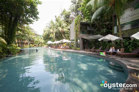 Siloso Beach Resort Sentosa Review: What To REALLY Expect
