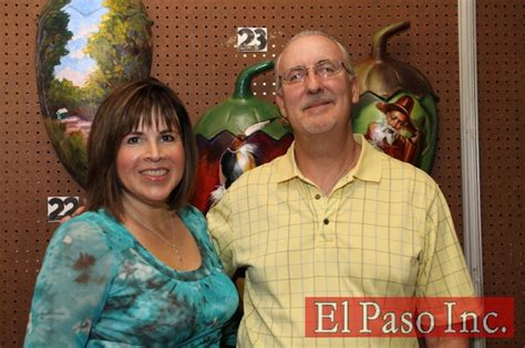 Hospice El Paso to auction Painted Chiles | Multimedia