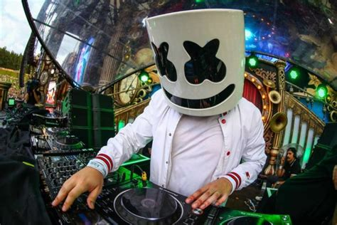 Marshmello Net Worth 2020 and Everything to Know About Him