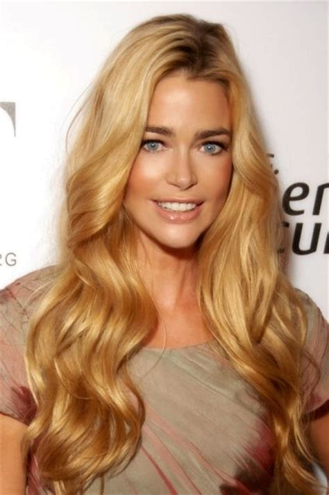 Denise Richards Bra Size, Age, Weight, Height
